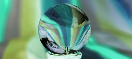 free online real crystal ball reading
